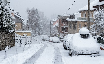 Winter tips for seniors: How families can help prepare